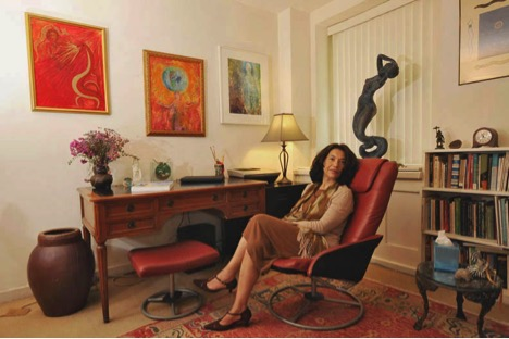 Maria Taveras in her psychotherapy office. Photograph by Sebastian Zimmerman, author of the book Fifty Shrinks.